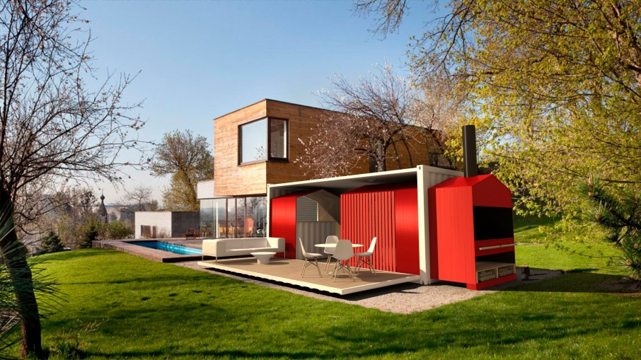 8 Containers And Trains Here S A Two Y Container Home